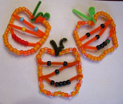 beading and jewelry making: beaded pumpkin jack o' lantern ornaments