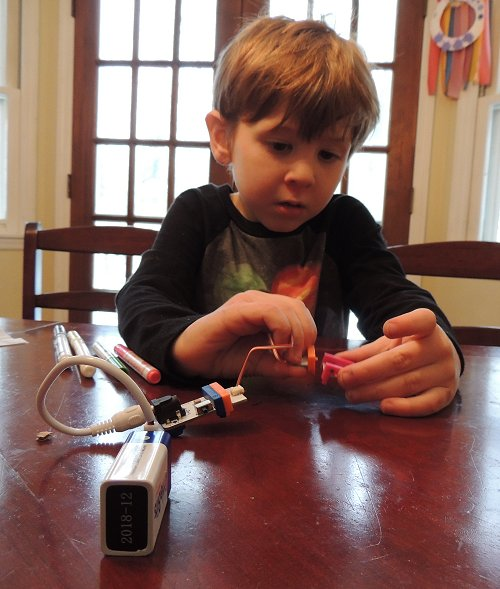 littleBits car 5