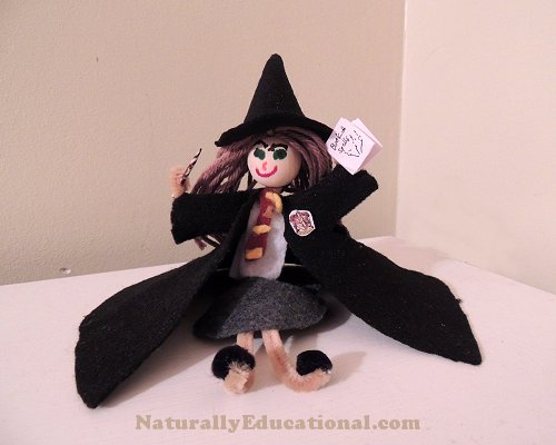 Mini Hermione Pipe Cleaner Doll